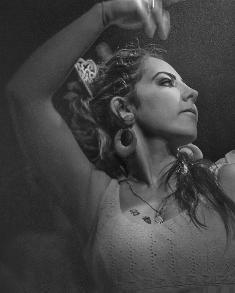Gros plan sur une danseuse de flamenco